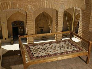 هتل در مهریز یزد