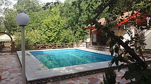 اجاره باغ برای میهمانی در اصفهان -باغ بهادران