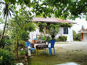 خانه مادربزرگه با کلبه درختی در ساحل لیسار تالش
